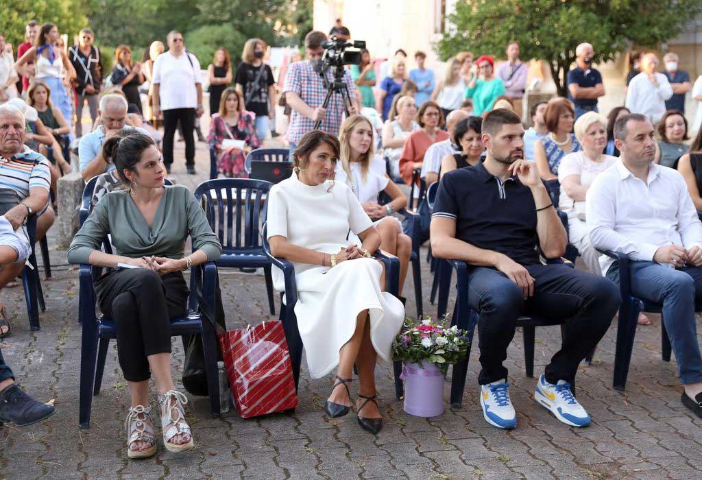 DR BOJOVIĆ predložio Udruženju endokrinologa Crne Gore da pokrene inicijativu da se NVO Plavi krug Bar dodijeli 13.julska nagrada za 2022. godinu