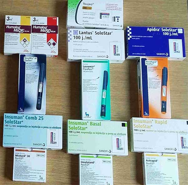 This picture was taken in 2017. Human insulins are placed in the first two rows. Then, boxes with insulin analogues are lined up. Today, after 2-3 years, there are 2 more insulin analogues on the Republic Fund Health Insurance list - Tresiba and Fiasp in a new insulin pen, Flextouch. Ryzodeg is also expected.